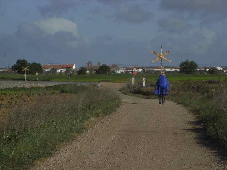 Cruzando la vía