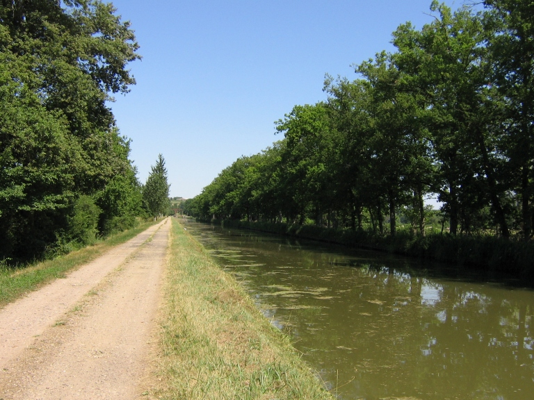 019 Canal du Nivernais 02