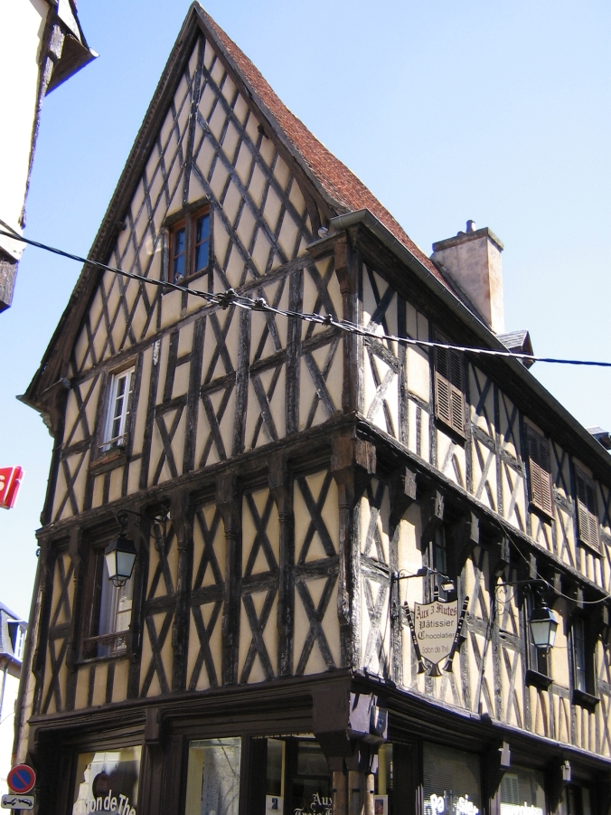 092 Bourges
