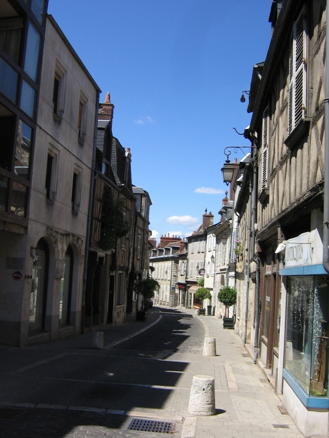 098 Bourges