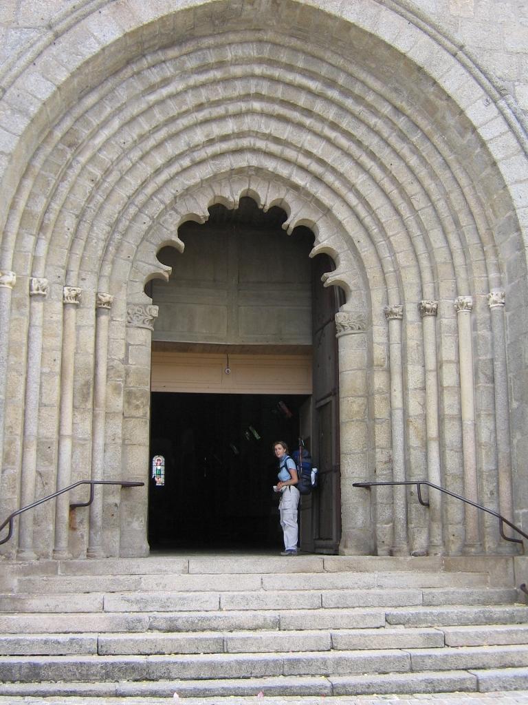 296 Bénévent l Abbaye