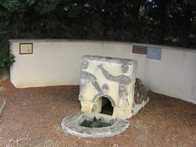 650 Fontaine de Beougos