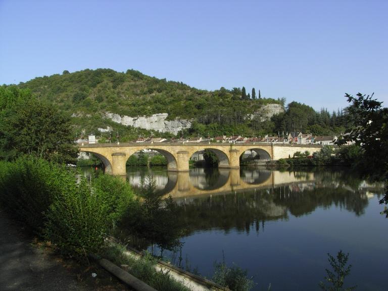 Puente sobre el Lot