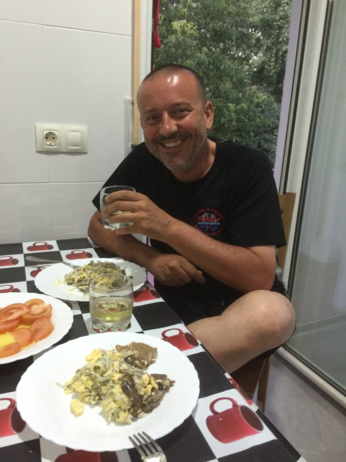 Cena peregrina en el Albergue