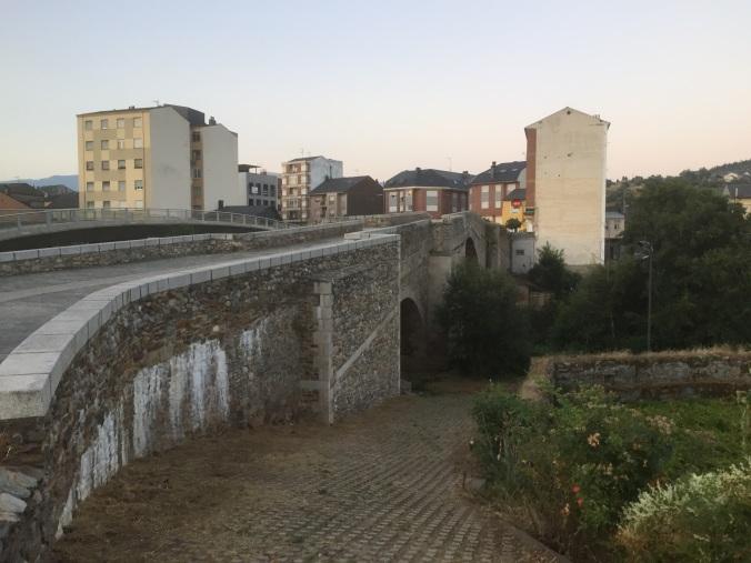 Puente de salida en Ponferrada