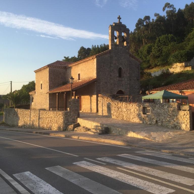 Ermita en La Acebosa