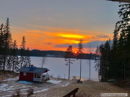 La sauna al atardecer. Markkulan Marjatila. Isojärvi